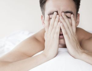 sleep-insomnia-tired-maniStock_000057335818_Medium